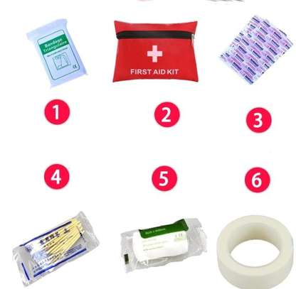 FIRST AID KIT image 3