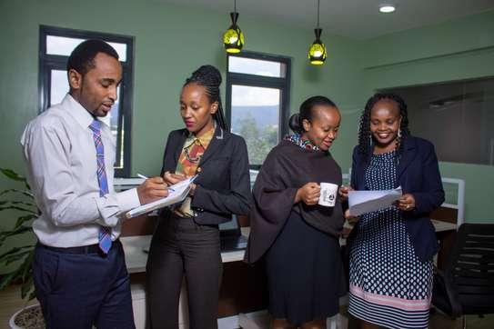 Nakuru Box image 8