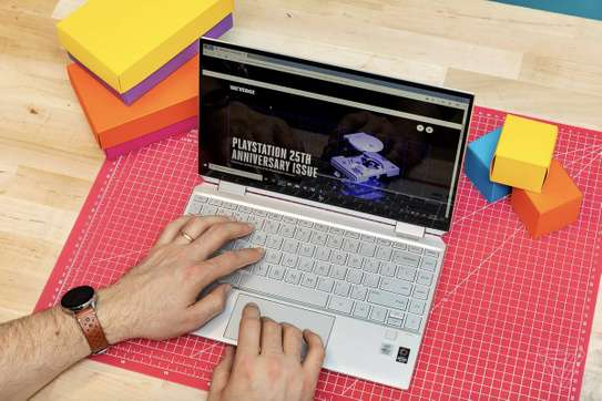 Hp Spectre 13 x360 10th Generation Intel Core i7 Processor (Brand New) image 9