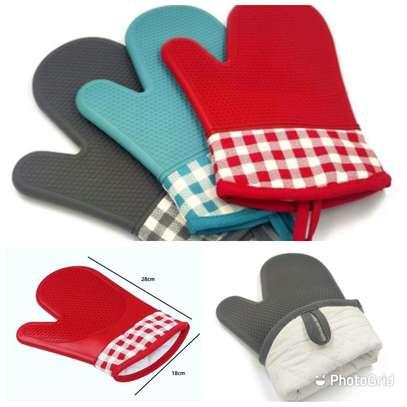 Oven gloves image 1