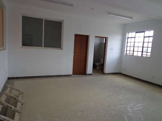 6500 ft² warehouse for rent in Mombasa Road image 16
