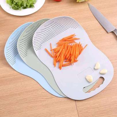Amazing chopping boards with strainer image 1