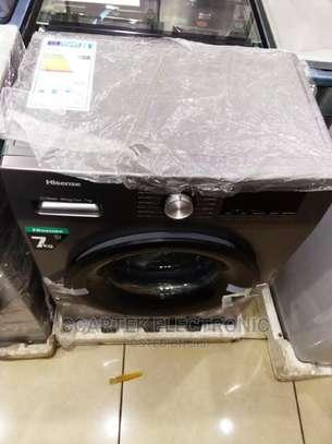 Hisense 7KG Front Load Washing Machine image 2