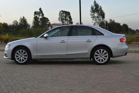 Audi A4 2.0T Premium Quattro Automatic image 4