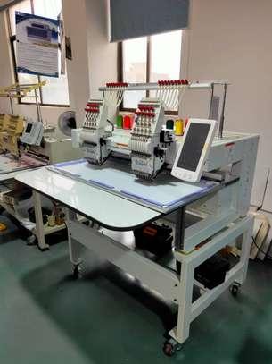 YH-902C Embroidery Machine