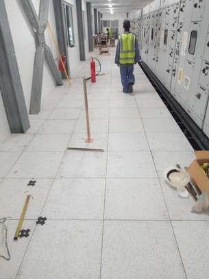 Raised Floor image 6