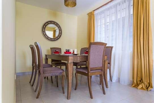 3 Bedroom Maisonette Master En-suite +DSQ image 2