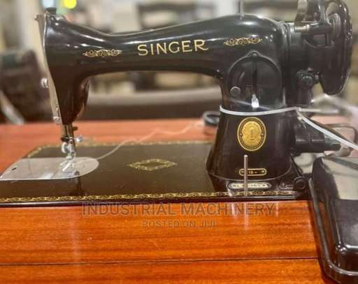 Without Stand Singer Sewing Machine image 1