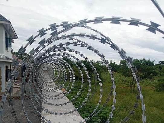 Razor wire installers in Kenya   Razor fence installation Kenya image 2