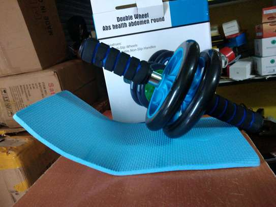 AB Wheel Double wheel Fitness Abs Roller with FREE mat image 2