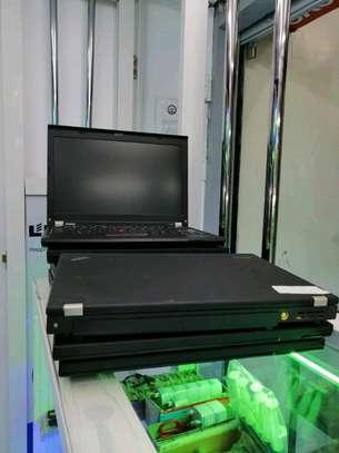 LENOVO THINKPAD X220 core i5 4gb ram 500gb harddisk image 2