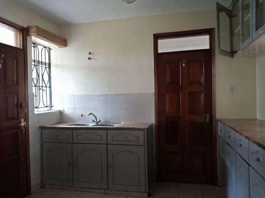 4 bedroom townhouse for rent in Karen image 13