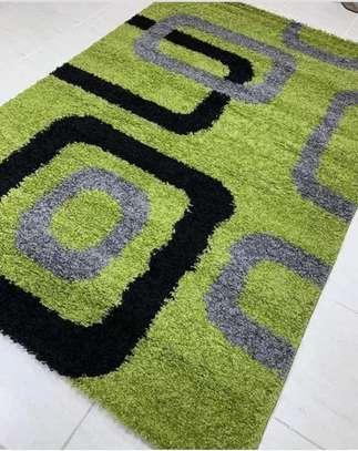 Shaggy carpet image 1