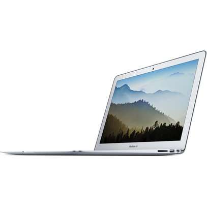 "Apple 13.3"" MacBook Air 128GB SSD (Mid 2017, Silver) MQD32LL/A"