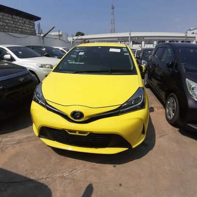 Toyota Vitz 1.0 F