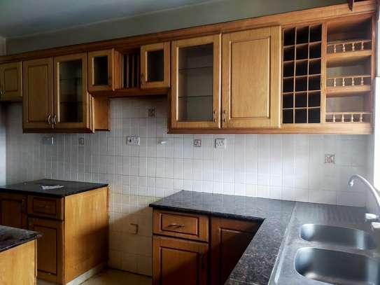 5 bedroom townhouse for rent in Kileleshwa image 12
