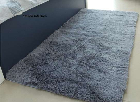 Fluffy carpet image 3