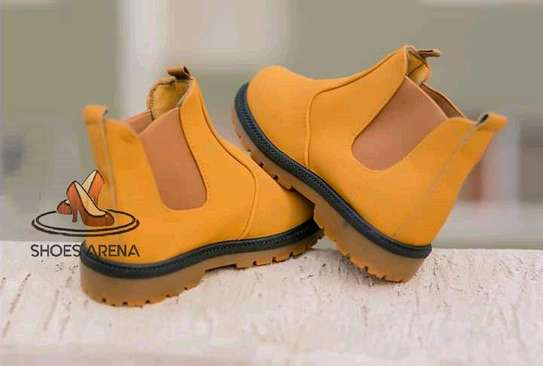 Kids shoes image 1