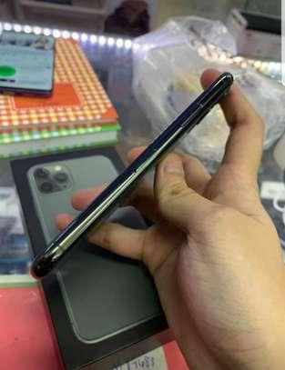 Iphone 11 pro image 4