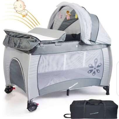 baby/newborn essentials/playpen/Rocker/Free Playmat image 7