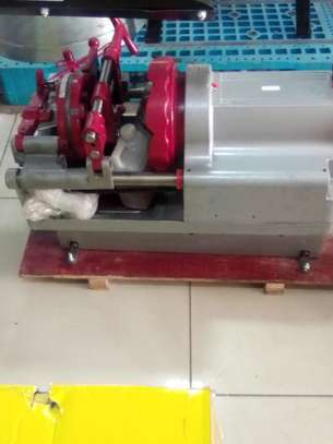 electrical pipe threading machine image 2