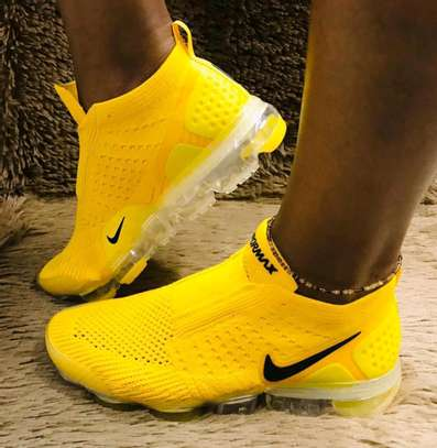 Nike VaporMax Moc image 3