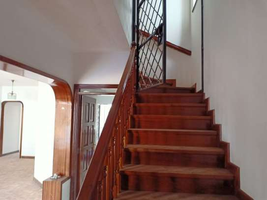 4 bedroom house for rent in Brookside image 17