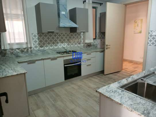 4 bedroom apartment for rent in Parklands image 26