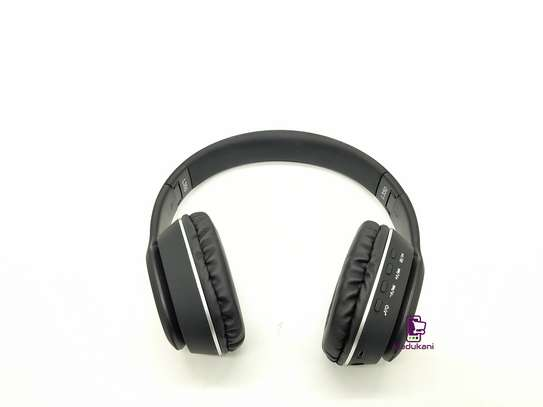 L350 Wireless On-Ear HD Extra BASS Bluetooth Headphones image 3