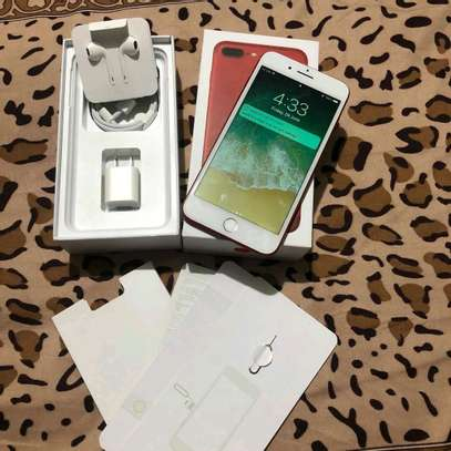 Apple Iphone 7 Plus 256 Gigabytes Red With Charger Case for long picnics image 2