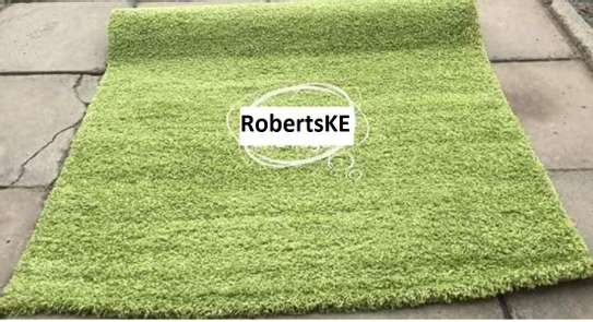 turkish green shaggy carpet non-skid 5by8 image 2