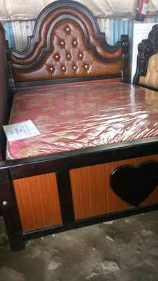 Leather upholstered beds image 1