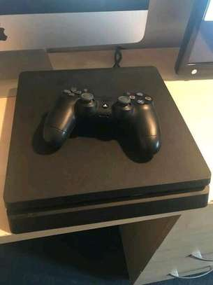 PS4 Slim- pre owned image 2