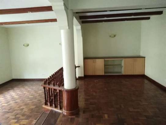 5 bedroom house for rent in Kileleshwa image 16