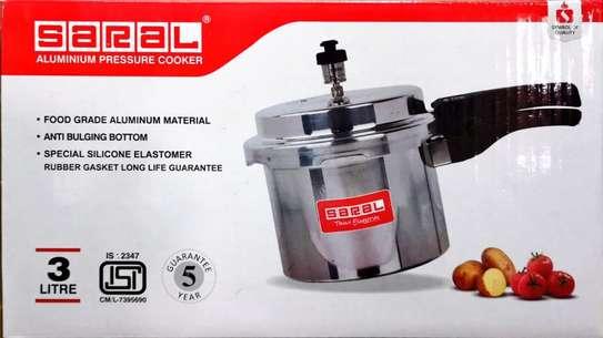 Saral 3 Ltr.  Aluminium Pressure Cooker - Silver image 1