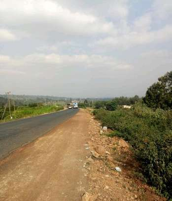 2.25 acres for sale fronting tarmac in Limuru Redhill image 3