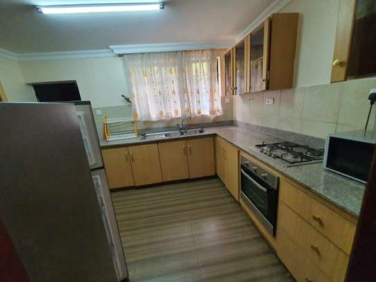 Furnished 3 bedroom house for rent in Rosslyn image 11