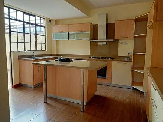 4 bedroom house for rent in Garden Estate image 4
