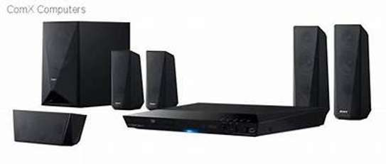 Brand New Sony dz350 1000watts DVD Hometheater System