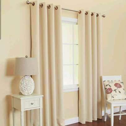 CREAM CURTAINS WHITH WHITE SHEERS image 1