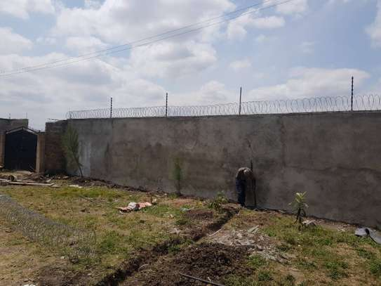 Electric fence and Razor wire installation at affordabe Rates image 2