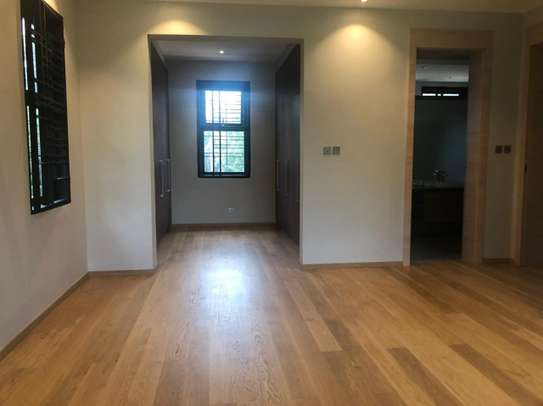 5 bedroom house for sale in Muthaiga Area image 2