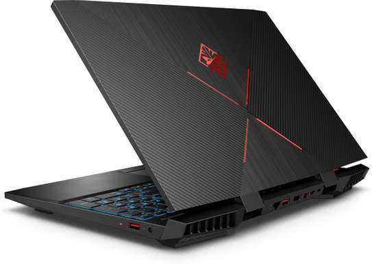 HP OMEN 15-AX250 GAMING Core™️ i7-7700HQ 2.8GHz image 1
