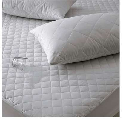 white mattress protector 4 by 6 image 2