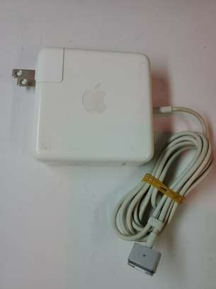 Apple 60W MagSafe 2 Power Adapter - White image 2