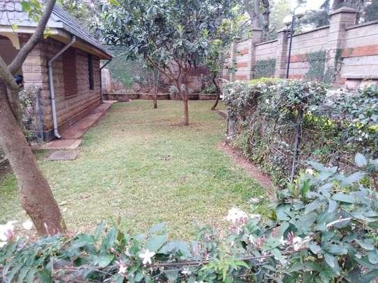 5 bedroom house for rent in Kileleshwa image 12