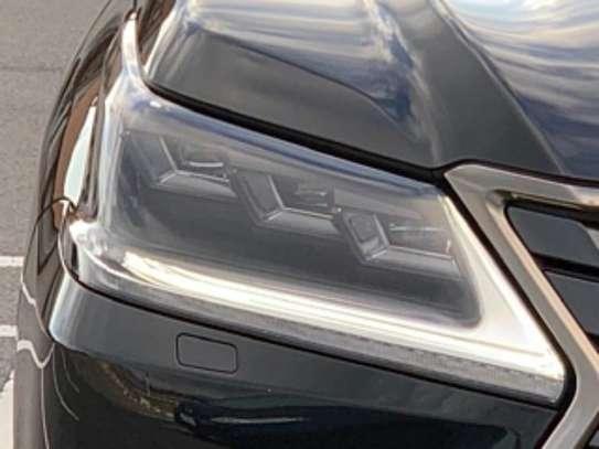 Lexus LX 570 2019 Black image 8