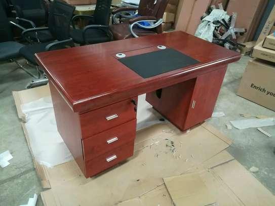 Executive office desk 809 image 1