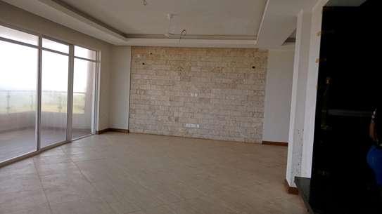 Luxurious sea view apartments to rent at nyali Mombasa Kenya image 7