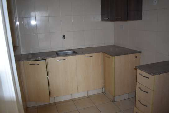 2 bedroom apartment for rent in Mombasa Road image 9